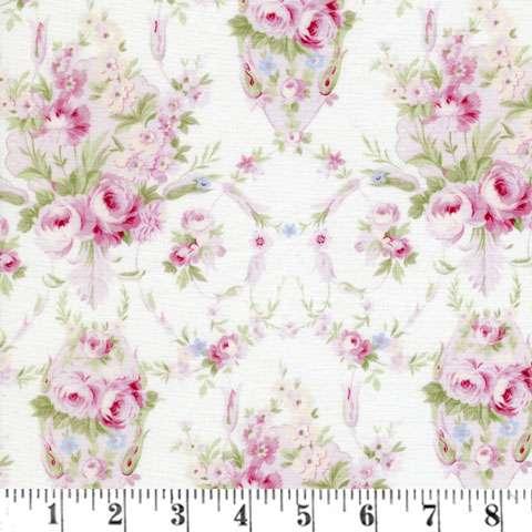 AC195 Emma's Garden - White Medium Floral