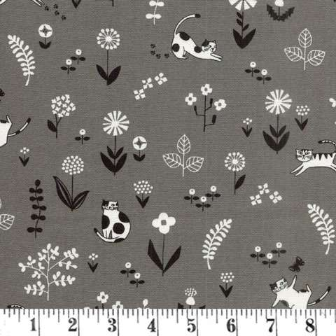 AC963 Katta Linen - Playful Cats in the meadow on grey