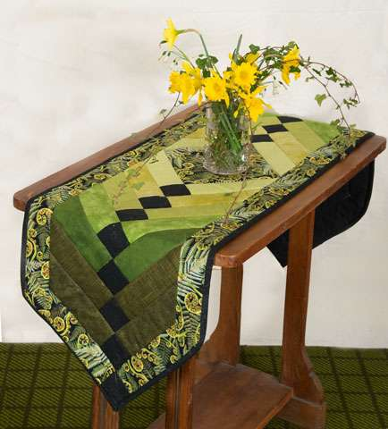 Kiwiana Fern Braid Table Runner