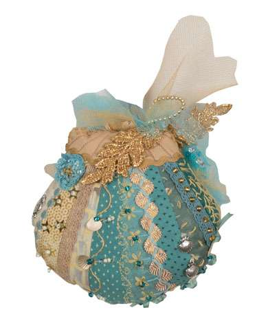 """Sea Foam"" Crazy Patch Pincushion Kitset"