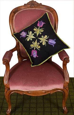 Tulip Quartet Cushion Kitset preview