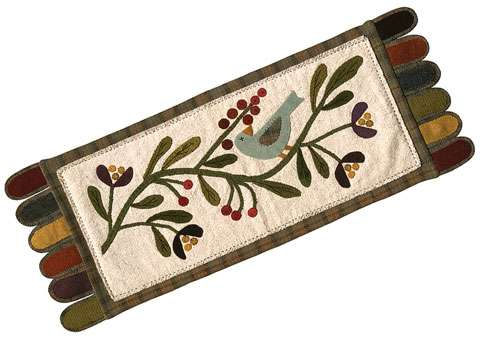 Wild Bird Penny Rug Pattern by Ngaire Brooks preview